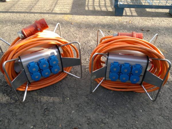 16a sähkökeskus kaapelilla